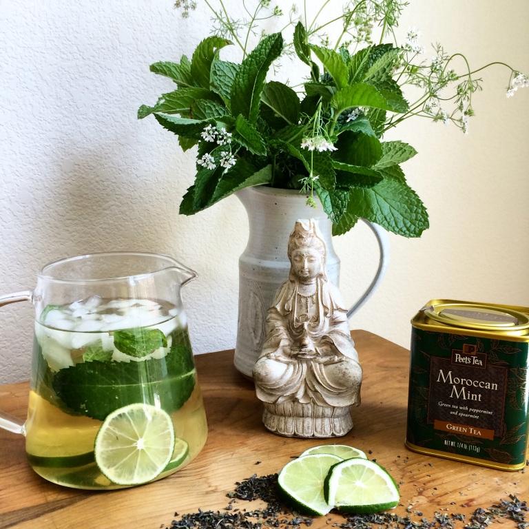 té verde, menta y limón